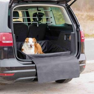 Лежак в багажник Trixie Car Boot Bed, размер 90х75см., черный