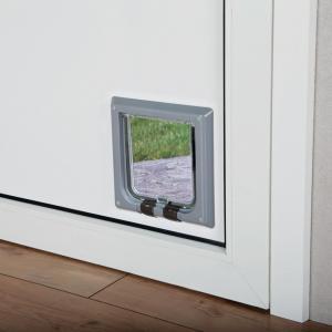 Дверца для кошек Trixie 4-Way Cat Flap, размер 21х21см., серый