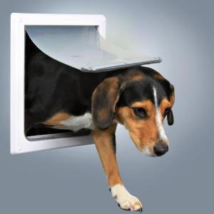 Дверца для кошек и собак Trixie 2-Way Flap, размер 22.5х29.5см.